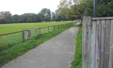 riverside park footpath behind school