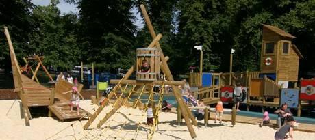 houndwell play area