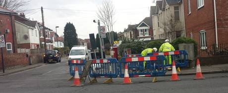 st denys rd traffic lights work starts