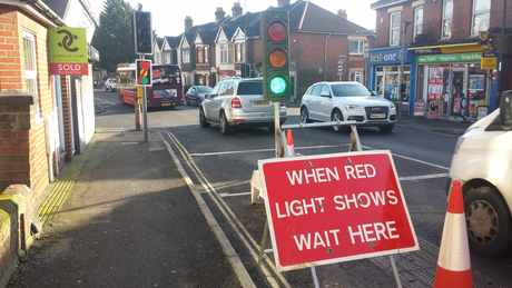 temporary lights st denys rd jan 2018