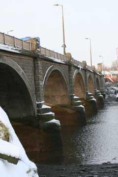 cobden bridge in the snow
