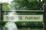 riverside_parkwa_sign.jpg